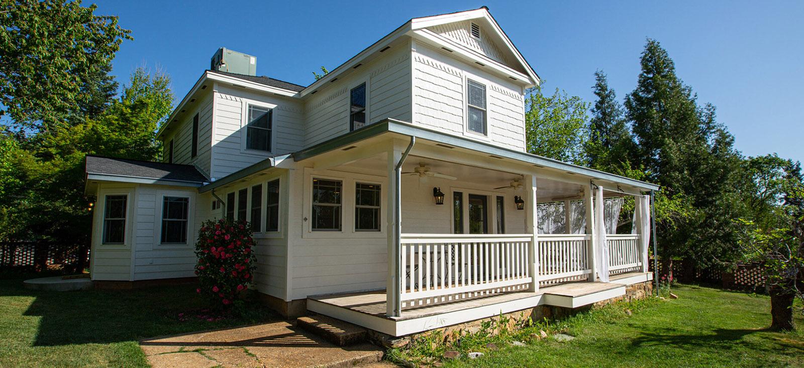 House at Newsome Harlow Murphys California